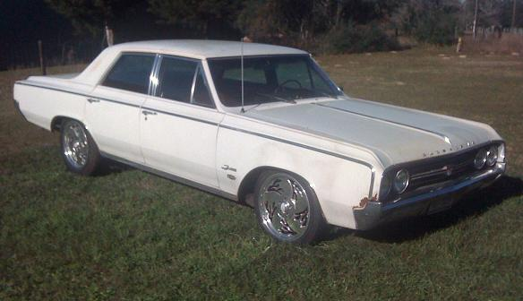 1964 Olds Cutlass F-85 Rim and Tire sizes please help